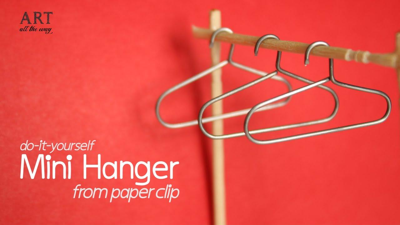 Diy mini hanger from paper clip for miniature wardrobe youtube solutioingenieria Choice Image