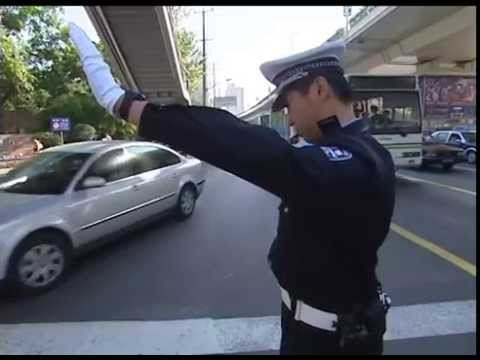 Lost in Traffic - Documentary about Traffic Police in Shanghai - 交警,  交通警察