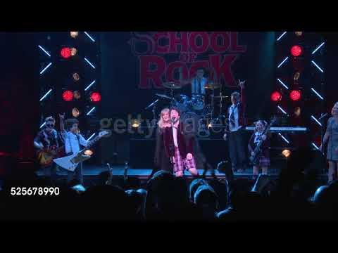Stevie Nicks performs Rhiannon wcast of School of Rock