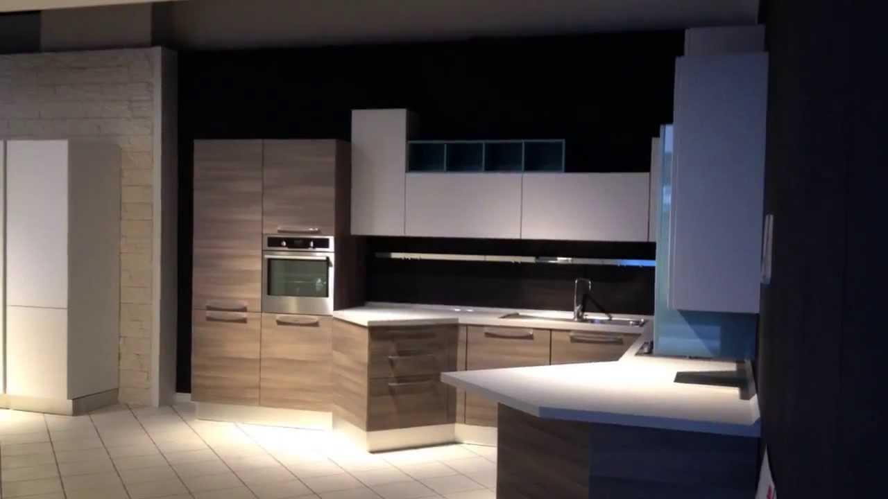 Cucine lube da esposizione idee per il design della casa - Cucine scontate per rinnovo esposizione ...