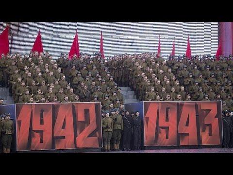 Russian communists commemorate 1917 revolution
