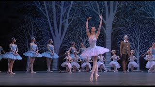 Don Quixote Olga Smirnova (Queen of the Dryads)(Don Quixote (Дон Кихот) Act II, Queen of the Dryads variation Queen of the Dryads: Olga Smirnova (Ольга Смирнова) Bolshoi Ballet, April 10, 2016 (worldwide ..., 2016-04-16T20:44:47.000Z)