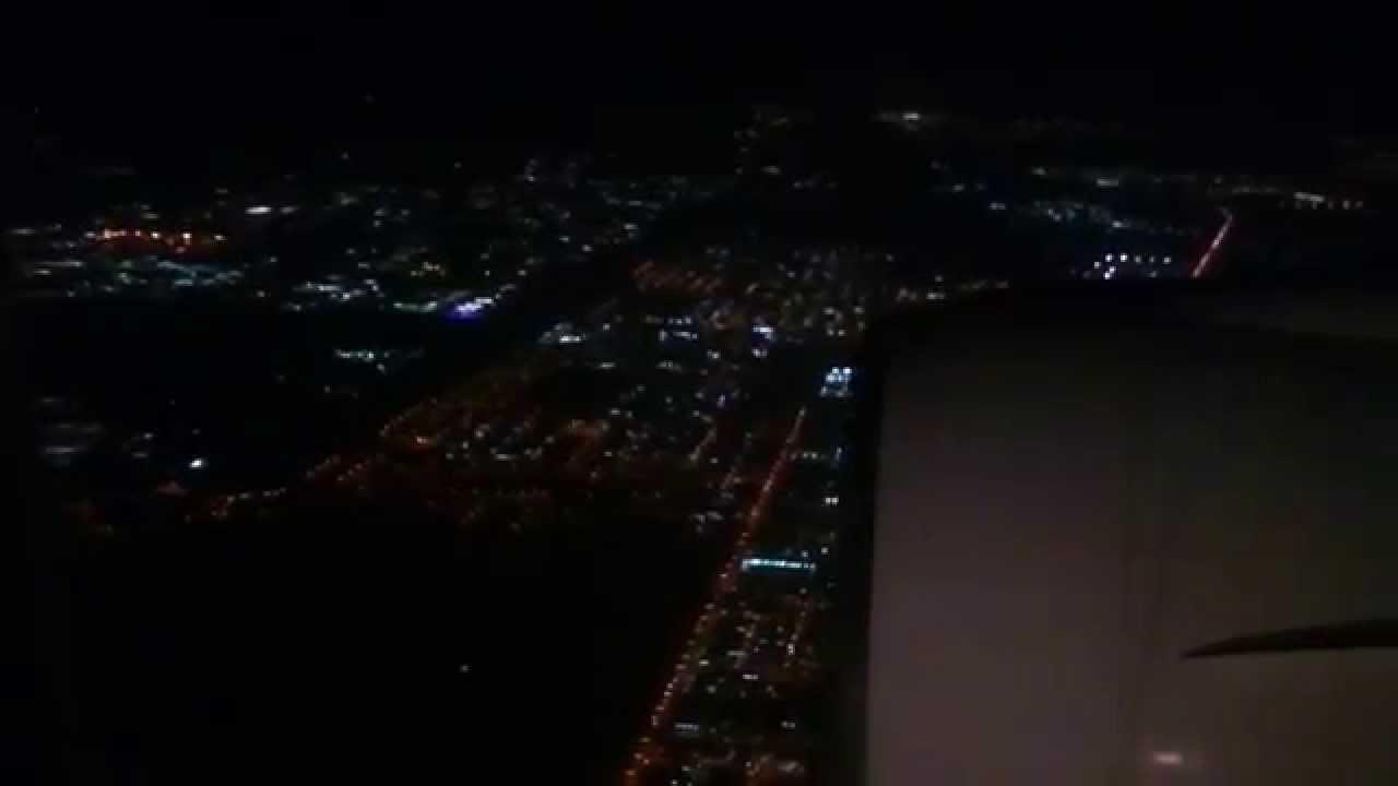 Saudia B777-200ER, Night landing at Riyadh King Khalid Int ...