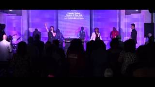 Wake Groupe musical Parole de Vie - Hillsong Young Free.mp3
