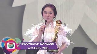 Download lagu Spesial Buat Kak Rizky! Kemenangan Lesty DA untuk Kategori Sosial Media Darling