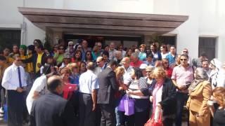 قناة السويس الجديدة : لقطة تذكارية للفريق مميش مع عائلة محمود يونس أول رئيس للهيئة