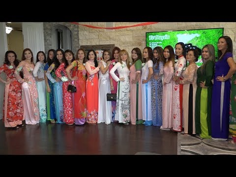 Fashion Show Trong Ngay Cuoi Pflugerville TX
