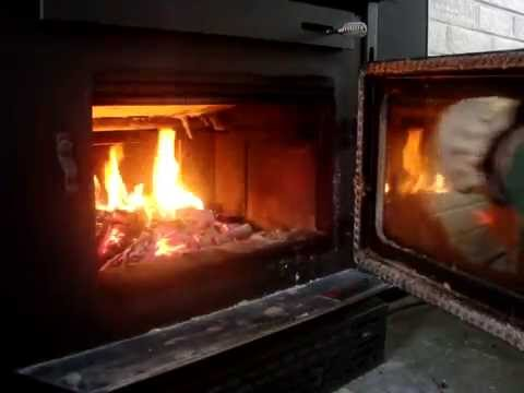 How to quickly and easily clean glass on a wood stove - How To Quickly And Easily Clean Glass On A Wood Stove - YouTube