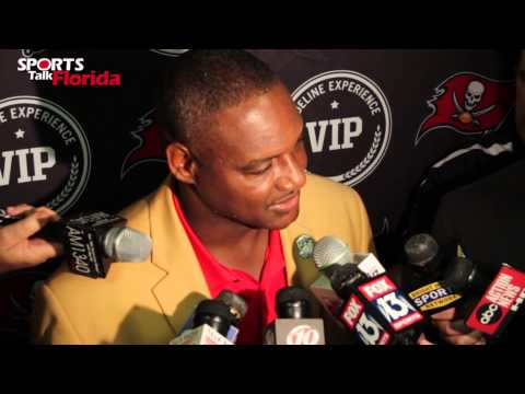 Tampa Buccaneers Derrick Brooks Ring Of Honor Ceremony Hall of Fame