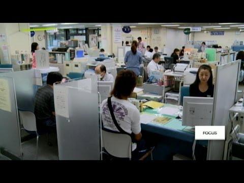 """""""Womenomics"""" : les femmes à la rescousse de l'économie japonaise - #Focus"""