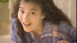 稲尾 律子(いなお りつこ、1972年12月13日 - )は、日本のグラビアアイ...