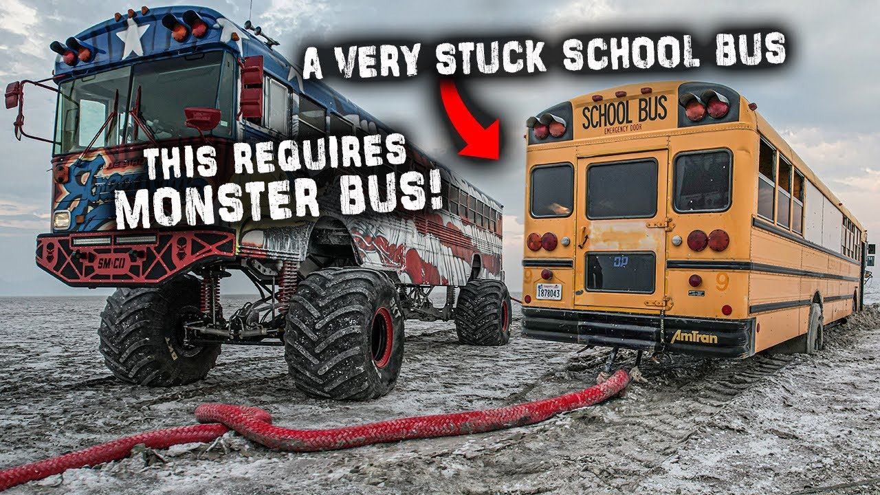 We Have To Recover This Very Stuck School Bus Before A Huge Storm Hits ⛈