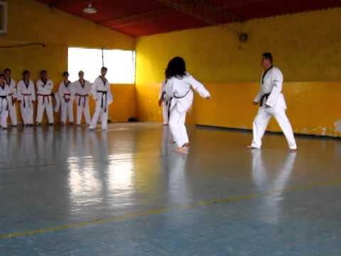 Taekwondo Ecuador Ika Carla Velez 11 feb 2012-1 thumbnail