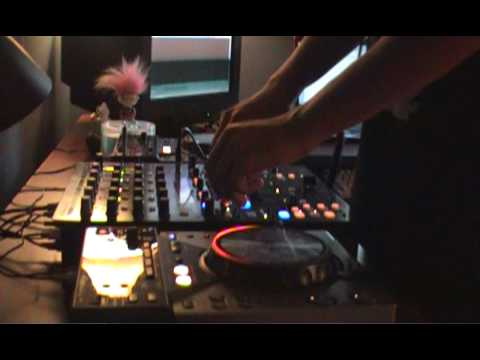Electro House TenMinMix August 25 - 2009 by DJ Philipps