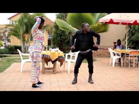 King Kong Mc Dancing to One Rand  UG