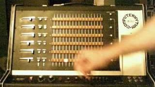 EKO ComputeRhythm drum-machine from 1972 (demo 1)