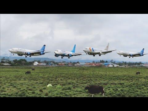 Landing dan Take Off Boeing 737-200 Pesawat My Indo Airlines PK-MYR di Bandara Wamena Papua