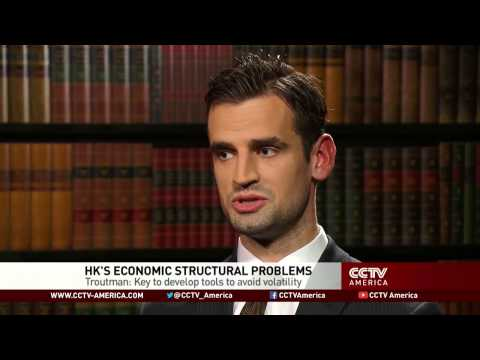 Expert analyzes Hong Kong's economy structural problems