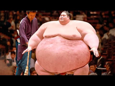 This is What The Biggest Sumo Wrestler In The World Is Capable Of