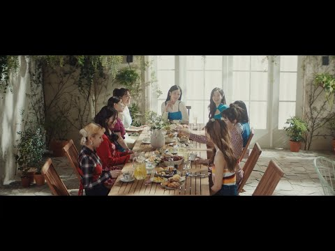 TWICE 「Kura Kura」 Music Video