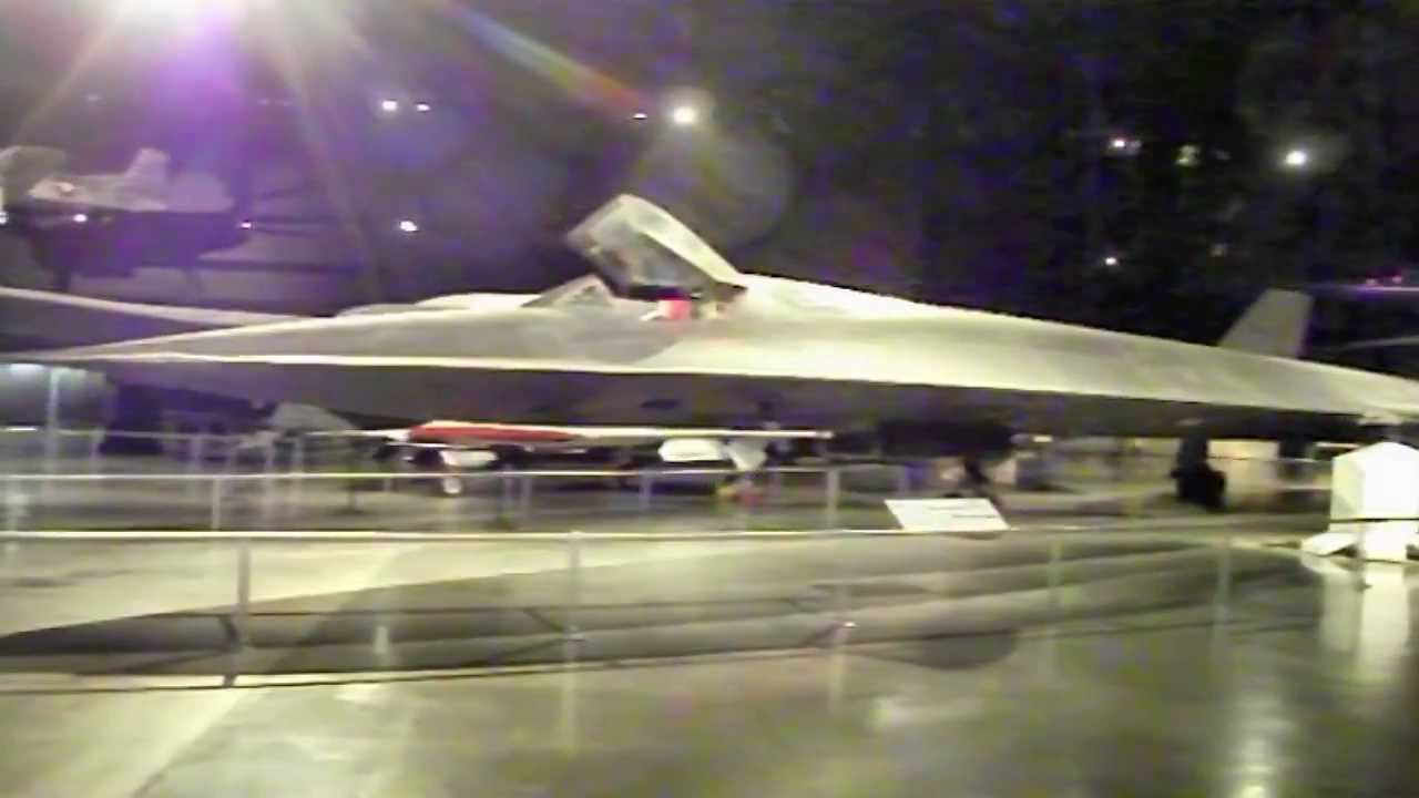 Blackbird SRA US Air Force Museum Dayton Ohio YouTube - Air force museums in us