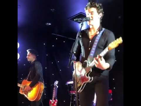 Shawn Mendes- Treat you better live at a private party in Beverly Hills. 2018