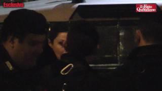 Berlusconi, l'attrice Elena Russo entra di sera a Palazzo Grazioli