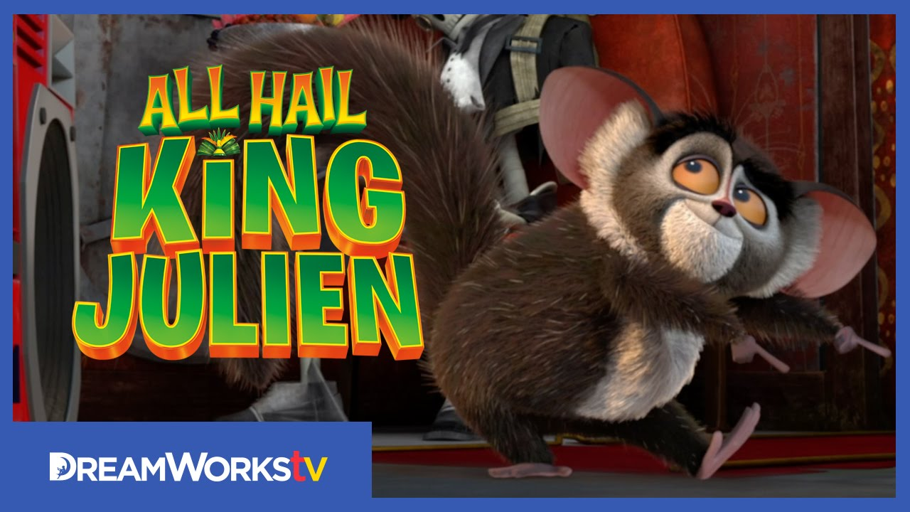 Maurice Shakes His Booty All Hail King Julien Youtube