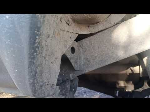Пару кадров с осмотра для себя Toyota Hilux Surf. Что скрывает раптор.