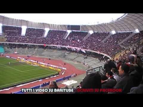 Bari Napoli 0 2 Guerra Civile Tra Ultras E Tifosi Baresi 23 01 11