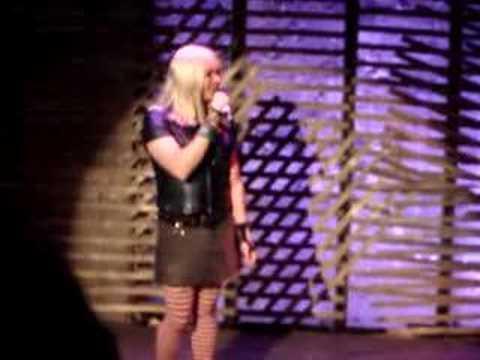Kelly - Let Me Borrow That Top [Live @ Sensuous Woman]