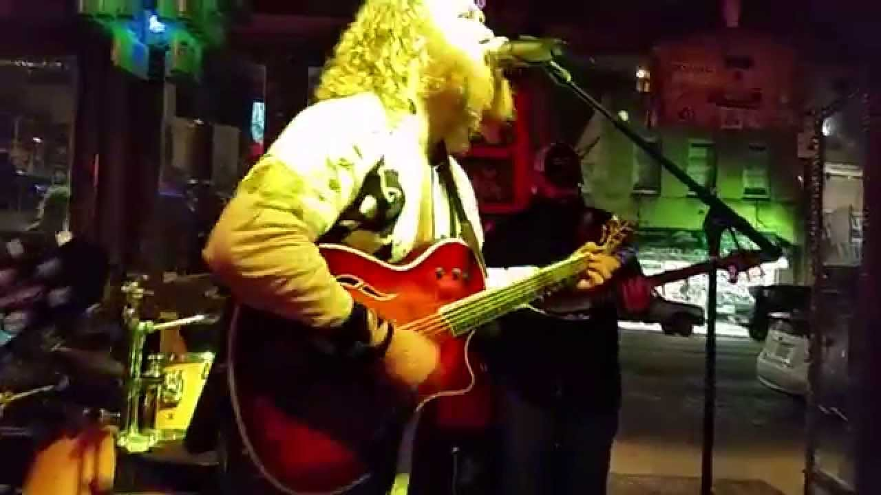 Sean Evan & The Very Handsome Band - Pride and Joy - YouTube
