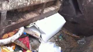 ** WOW UNREAL MUST SEE !!! ** Rubbish compactor 3