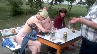 Реалити шоу Бирюлёво Западное  - Игра на раздевание