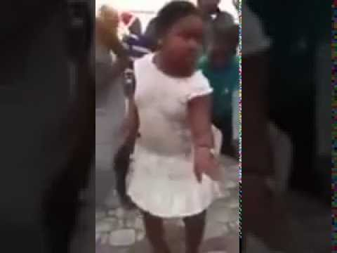 Funk Africano criança  fofinha dançando  (VIDEO TOP)