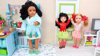 Dolls family pretend play cooking with kitchen toys