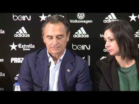 Presentación de Cesare Prandelli como técnico del Valencia CF