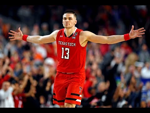matt-mooney-goes-off-for-22-points-in-final-four-matchup-vs.-michigan-state