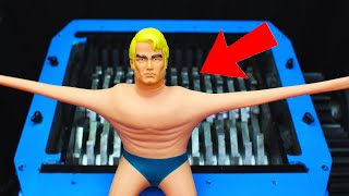 SHREDDING STRETCH ARMSTRONG TOY