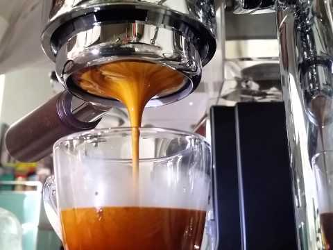 Using electric bialetti espresso maker