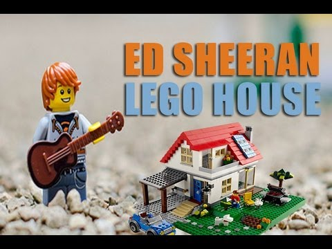 Ed Sheeran Lego Character sings