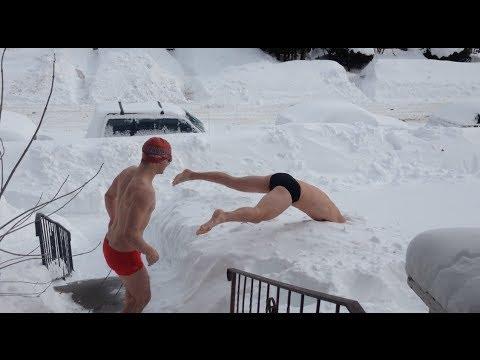 Funny naked men snow