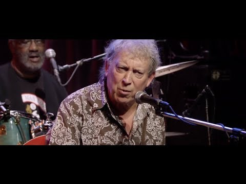 Elvin Bishop 'Everybody's In The Same Boat' | Live At Dimitriou's Jazz Alley