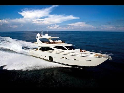 Yacht charter Croatia Ferretti 780