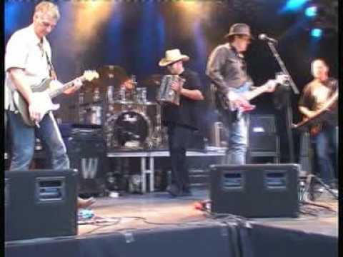 Digger Barnes crash on stage