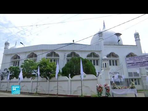 السلطات في سريلانكا تناشد المواطنين تجنب المساجد والكنائس خشية المزيد من الهجمات  - نشر قبل 6 ساعة