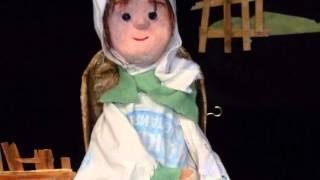 Tête Rouge Tête Grise (Le Petit Chaperon Rouge) - spectacle de marionnettes et musique