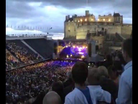Proclaimers Edinburgh Castle - Sunshine on Leith