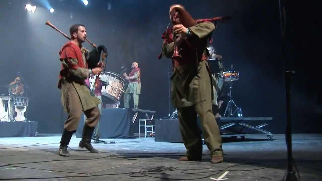 Download Auli - Karotajs Live Etnosur Festival 2013 Spain