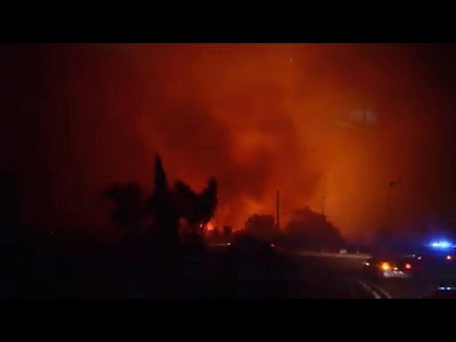 Thousands evacuated as new wildfires hit south of France